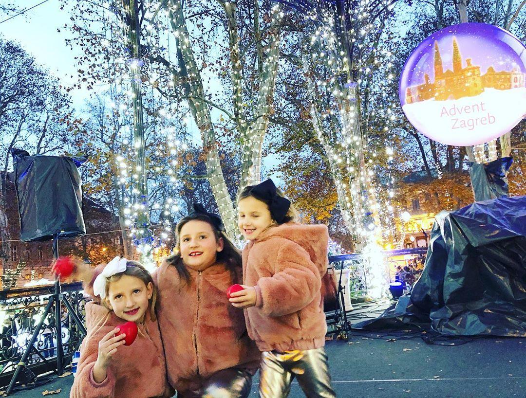 Prebrzo Nam Prolaze Blagdani Znate Li Da Jos Samo Ovaj Vikend Mozete Uzivati U Zagrebackom Adventu Jeste Li Vec Pogledali Nase Najljepse B In 2020 Fur Coat Fur Kids