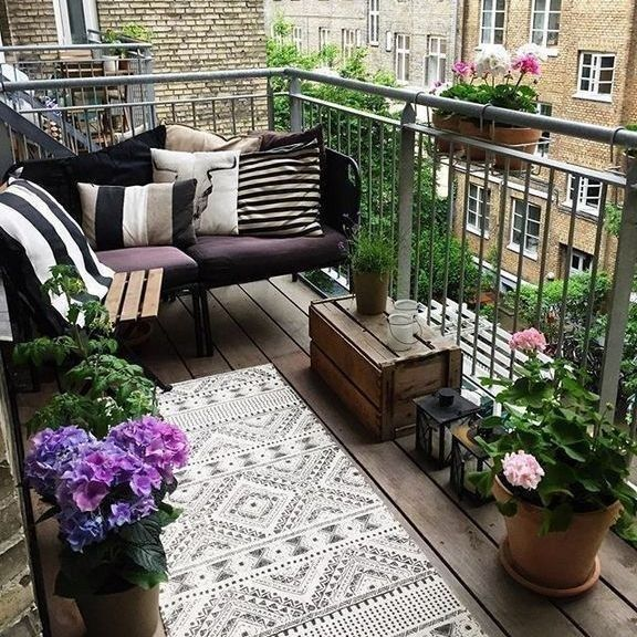 35 brilliant ways to decorate your balcony apartment on the cheap 10 #outdoorbalcony