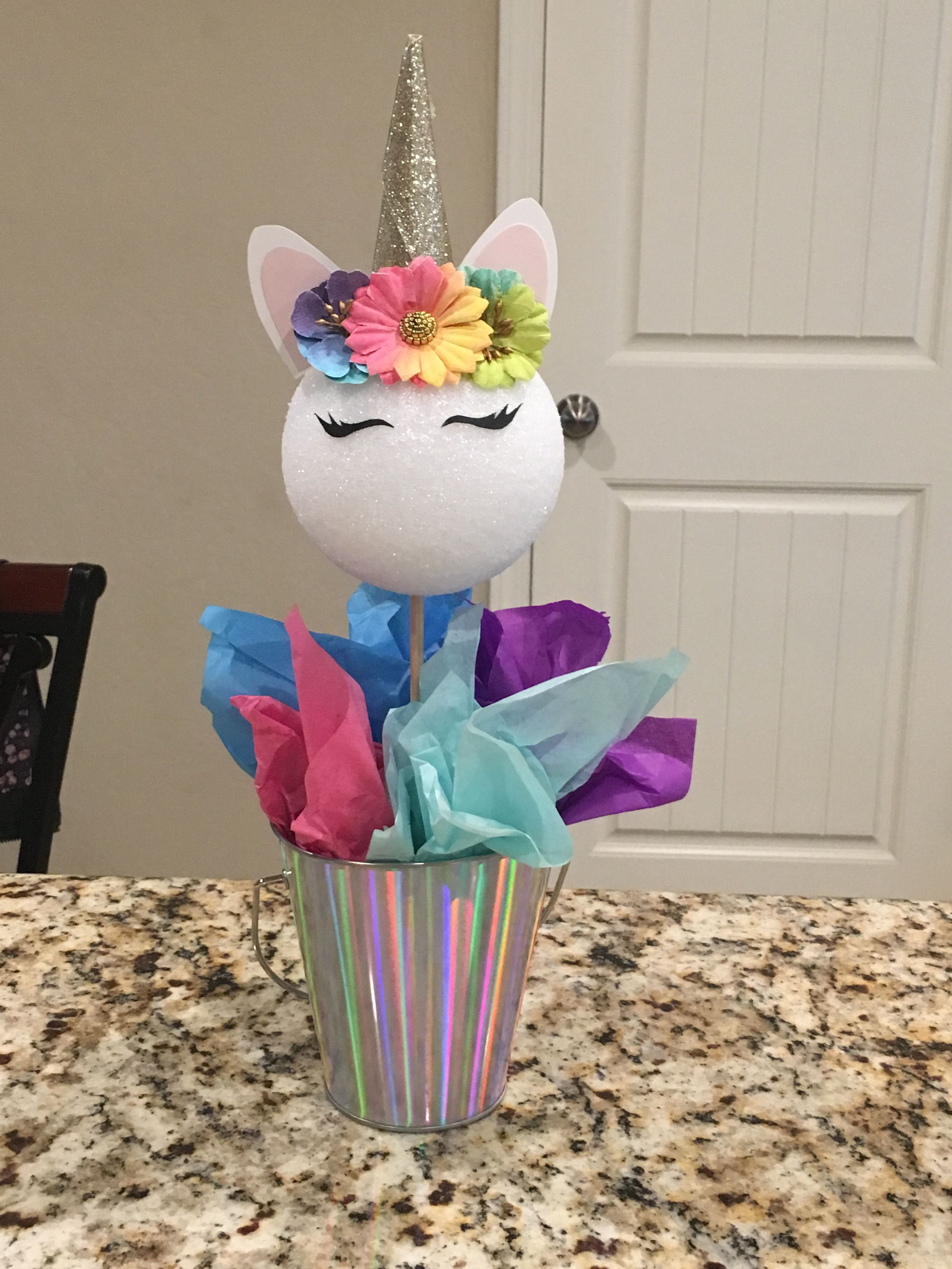 Unicorn Centerpiece Diy With Images Unicorn Birthday Party