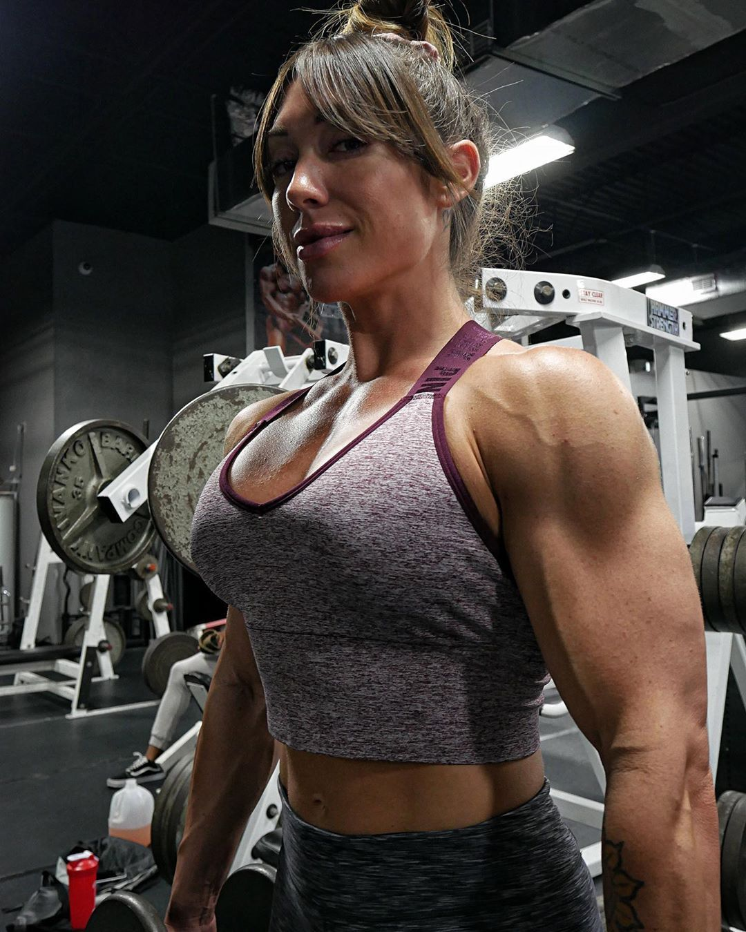 Mike ashley claimed natural bodybuilding status throughout his career and is now a personal trainer. Pin on Strong Females