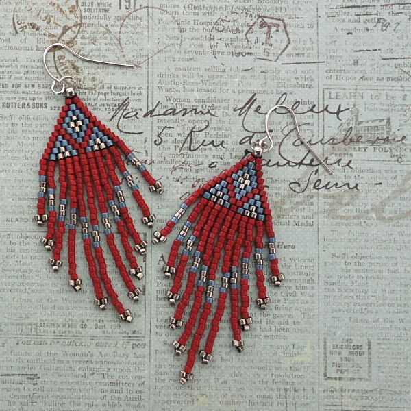 Linda's Crafty Inspirations: Native American Fringe Earrings - Red & Blue