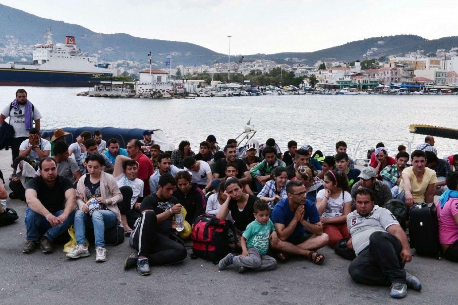 """Η ΜΟΝΑΞΙΑ ΤΗΣ ΑΛΗΘΕΙΑΣ: Ποιο ΝΑΤΟ... : """"Βουλιάζουν"""" τα νησιά από πρόσφυγες..."""