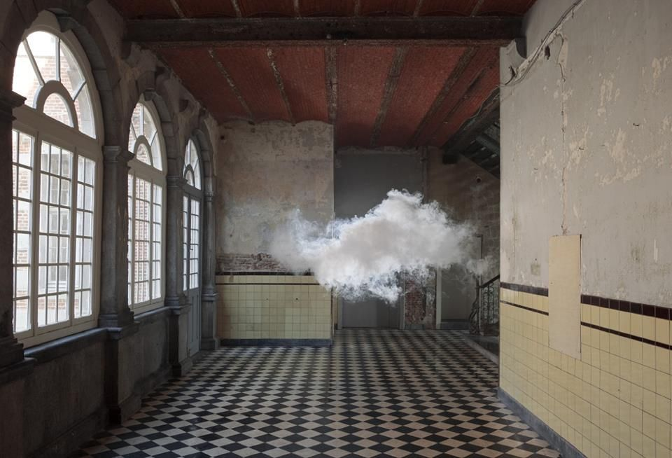 Glitterature  Dutch artist Berndnaut Smilde specializes in a rather omnipotent art installation. He creates clouds. Real, floating, nimbus concoctions of the right amount of humidity and fog at the perfect temperature.