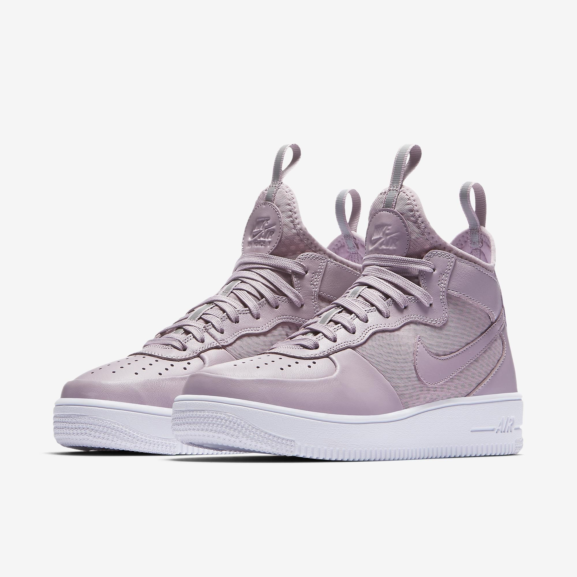 9938555075d6 Tênis Nike Air Force 1 UltraForce Mid Feminino
