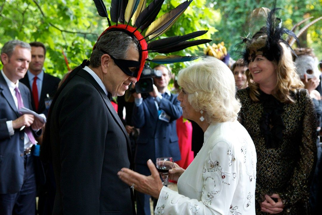 Mario Testino is being shot with Duchess of Cornwall