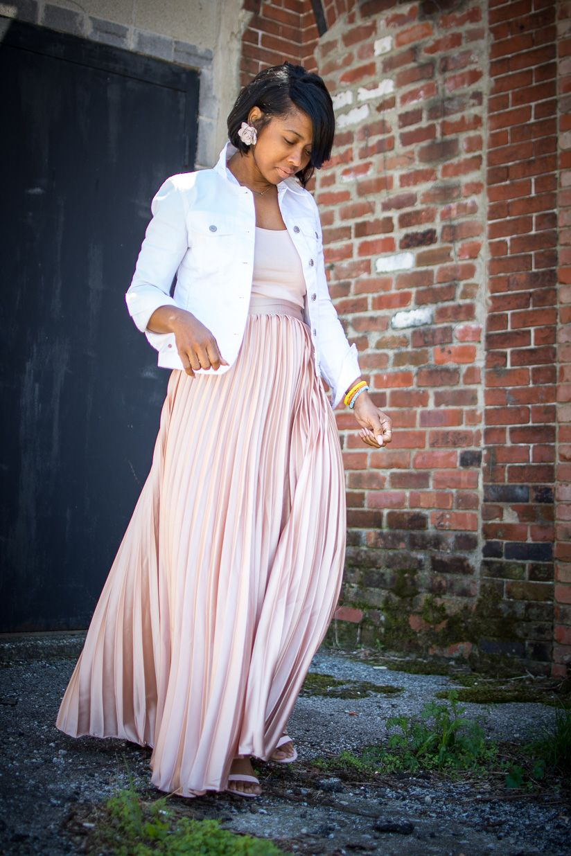 Sweenee Style, Indianapolis Style Blog, Pleated Skirt, Blush Pleated Skirt, Spring outfit idea