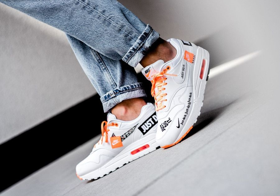 acheter en ligne aa724 0fce6 nike-air-max-one-87-special-edition-blanche-et-orange-on ...
