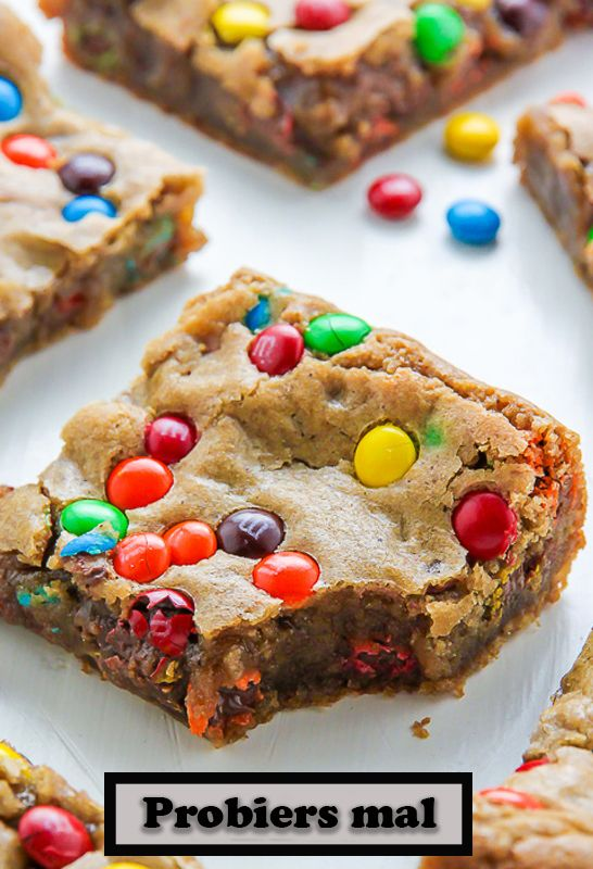 Delicious and crispy butter M&M Blondies