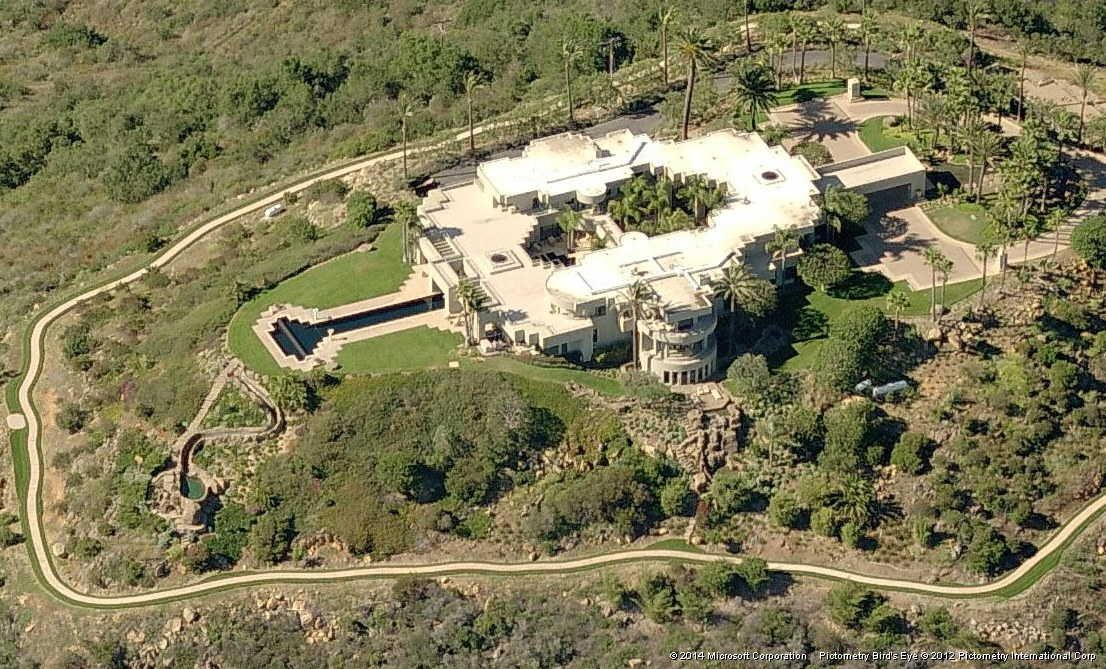 Billionaire dollar views mountain top mega mansion for sale for Mega mansion for sale
