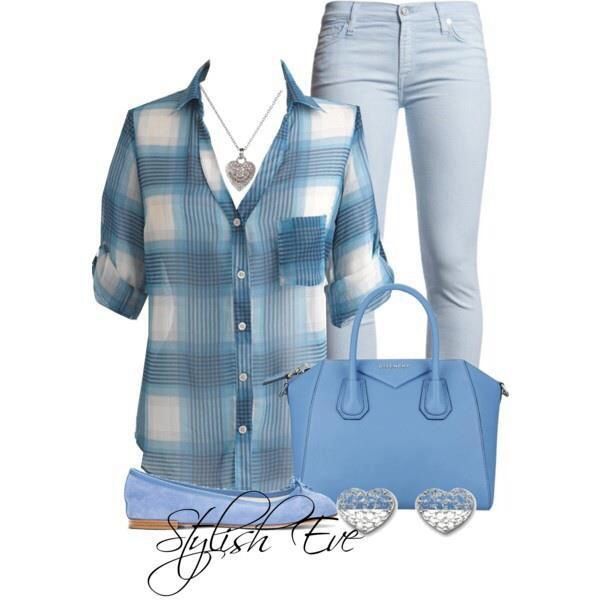 Flannel in blue, my very favorite way to wear it. This outfit screams comfortable!!