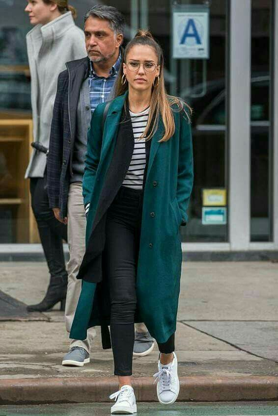 a612628b8c Pin by Shoes 202 on Adidas Stan smith outfits | Jessica alba, Jessica alba  outfit, Style