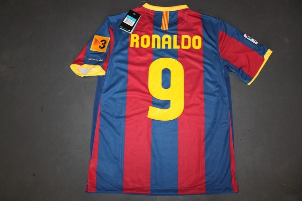 53dc9bb8c92 RONALDO 9 Barcelona 10 11 home red blue football jersey and shorts ...