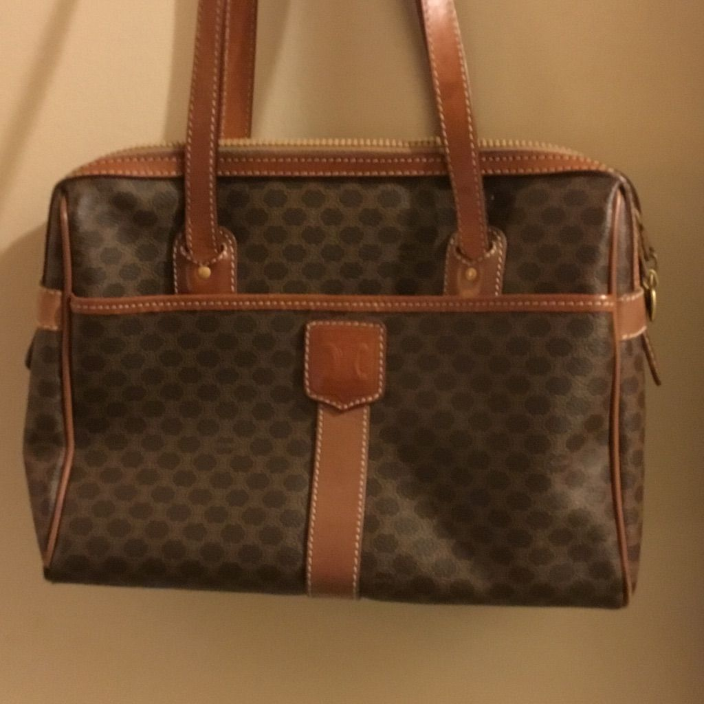 Amazing Authentic Celine Leathervintage Handbag