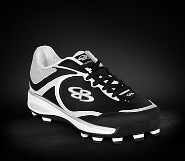 Softball shoes, Cleats, Softball cleats