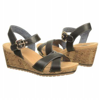 Women S Dr Scholl S Bev Black Famousfootwear Com Sandal Fashion Strap Heels Famous Footwear