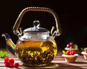 5 Fascinantes beneficios del té en tu rutina de belleza