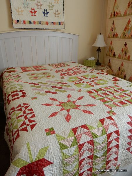 A Quilting Life - a quilt blog: Red and Green Quilt | Quilts ... : red and green quilts - Adamdwight.com