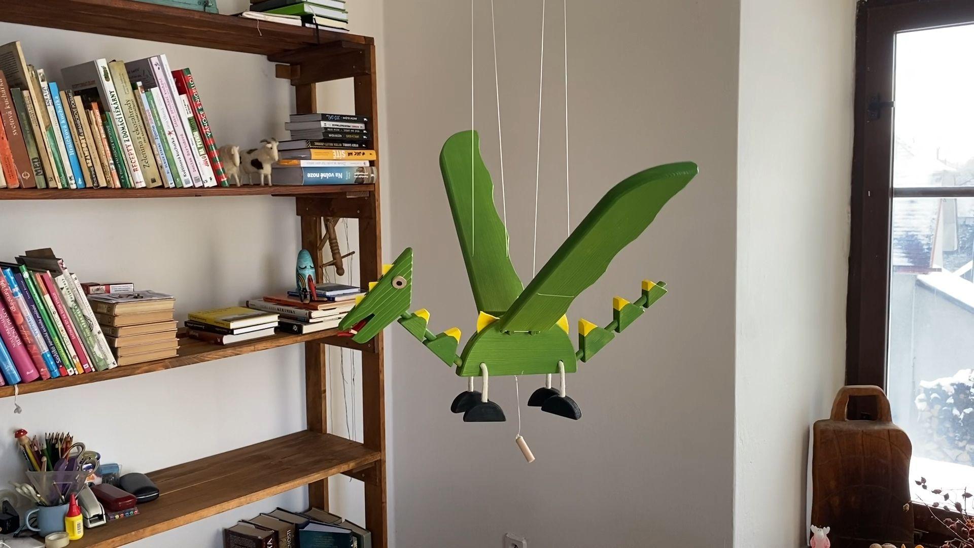 Flying Dragon Wooden Mobile Toy Dragon Flying Mobile Toy Wooden In 2020 Wooden Animal Toys Wooden Toys Diy Kids Room Decor