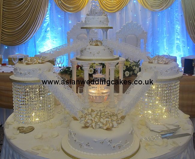 Wedding Cake With Crystal Google Search