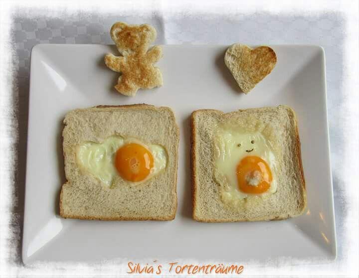 Silvia's Tortenträume: Toast Spiegelei Spiegelei-Toast Herz Bär
