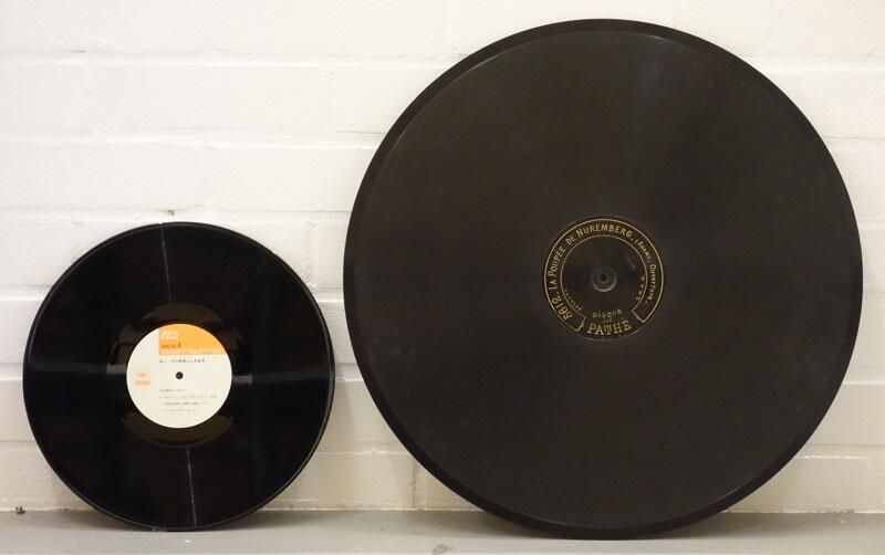 100 Year Old 20 Inch Pathe Concert Disc Next To 12 Inch Lp It Was Used In An Early Jukebox Played At 120rpm Sound Art Jukebox Music Record