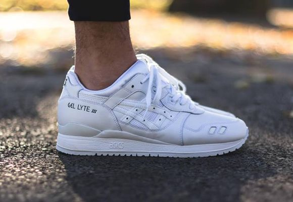 classic fit 0fcd9 44381 asics Gel Lyte III White | Outfit