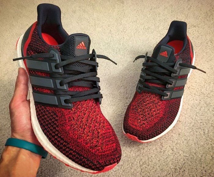 Adidas Ultra Boost Solar red.