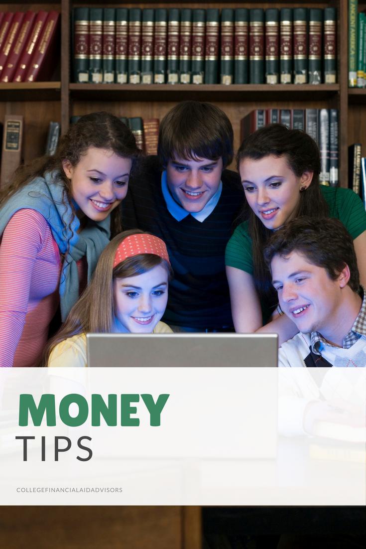 7 Smart Money Tips for College Freshmen