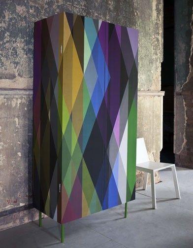 Papier peint on mise sur le graphique furniture mobilier de salon relooker meuble - Papier peint sur meuble ...