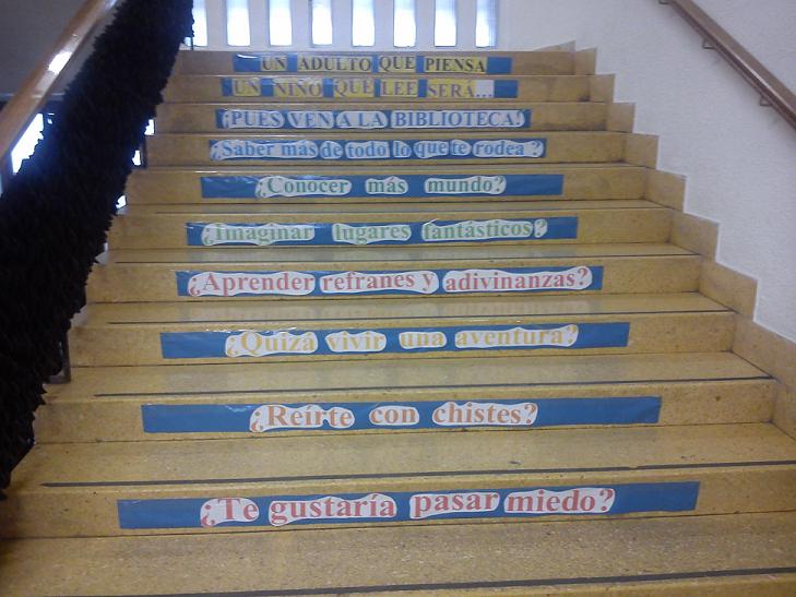 Escaleralectora antoniol jimenez escaleras lectoras - Escalera para biblioteca ...