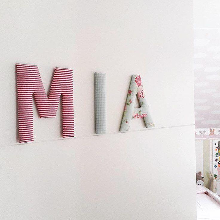 Stoffbuchstaben für Mias Kinderzimmertür... Vielen Dank