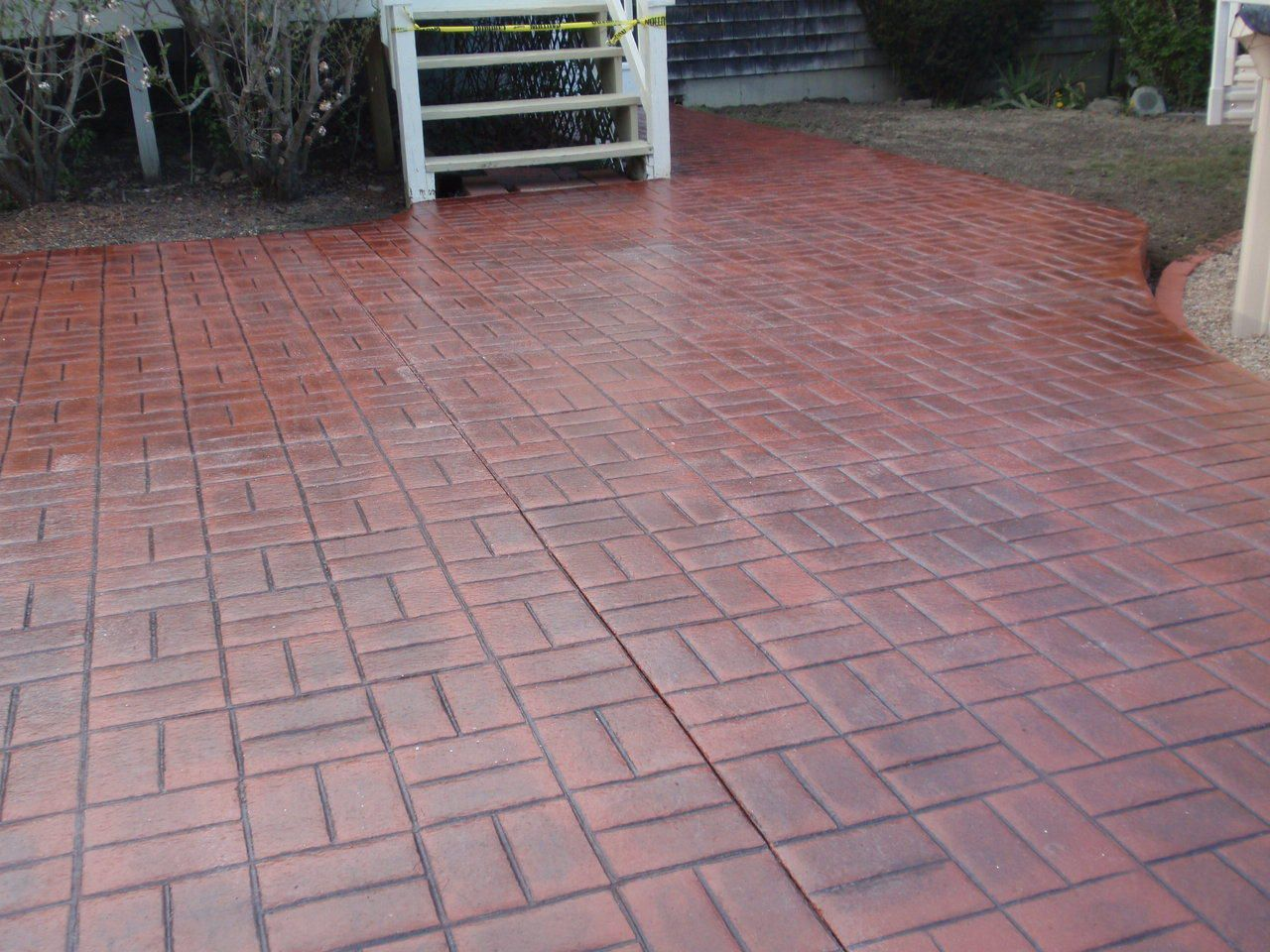 Stamped concrete brick pattern patio gardens pinterest for Red brick patio ideas