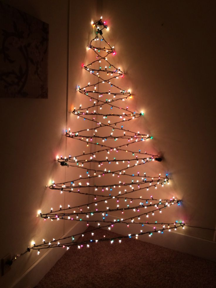 DIY Wall Christmas Tree My 3-D wall Christmas tree! navidad