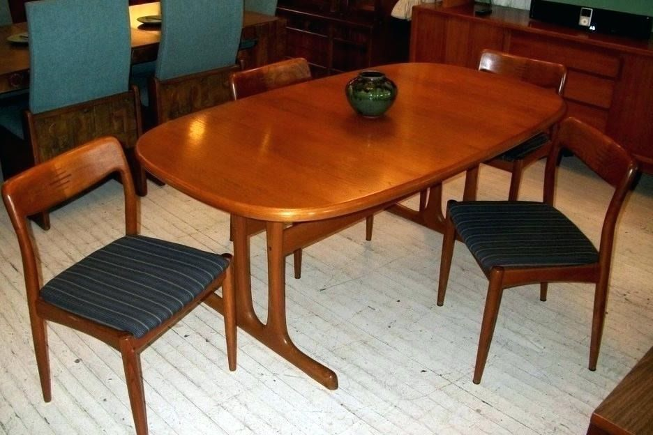 Teak Kitchen Table Osrs With Images Kitchen Table Home Decor Table