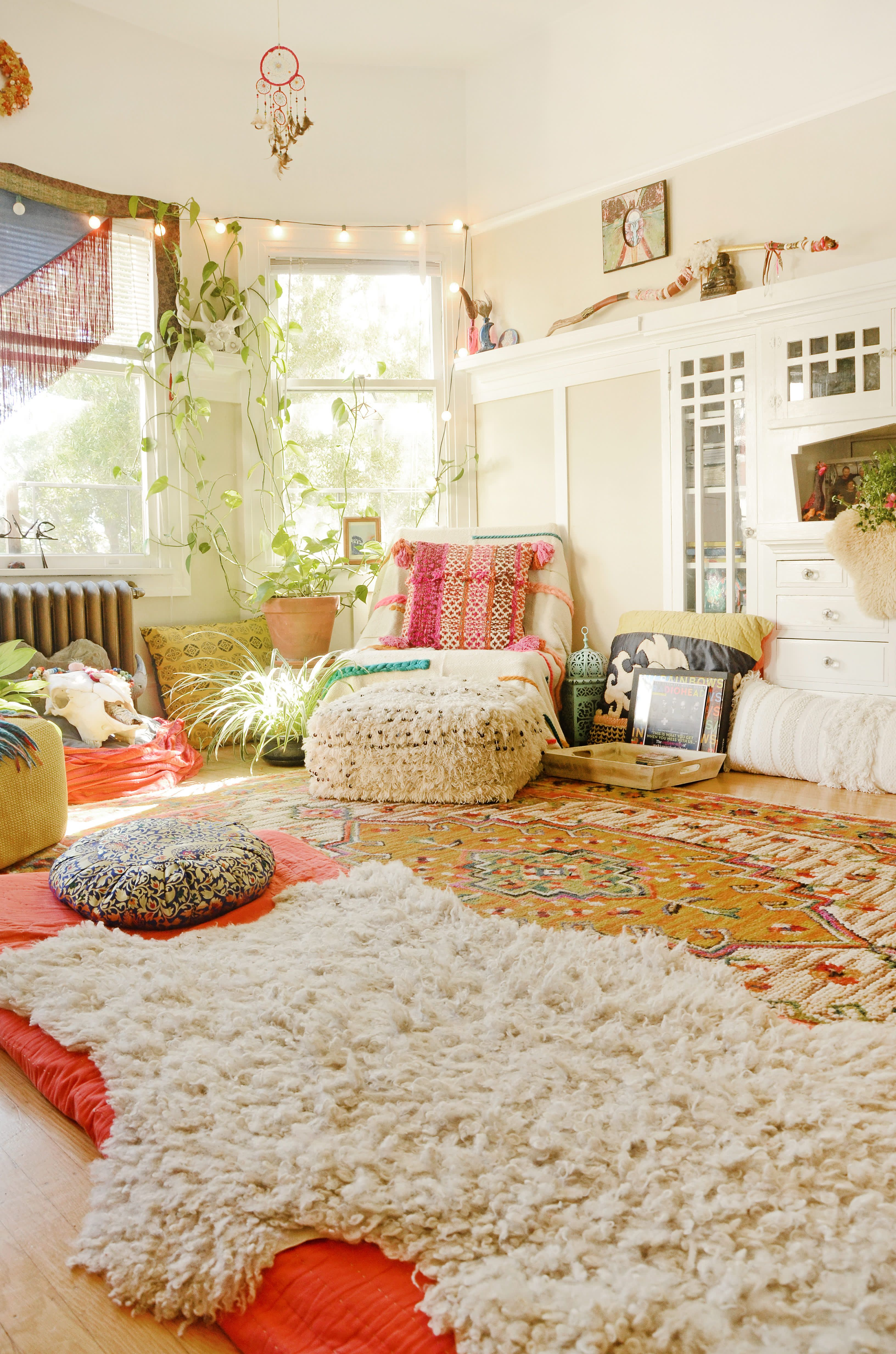"A ""Hippie, Rainbow-Boho"" Apartment in Oakland in 2020 ..."