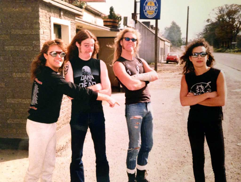 Lars Ulrich Cliff Burton James Hetfield and Kirk Hammett from Metallica in Ireland 1986 | Rare and beautiful celebrity photos