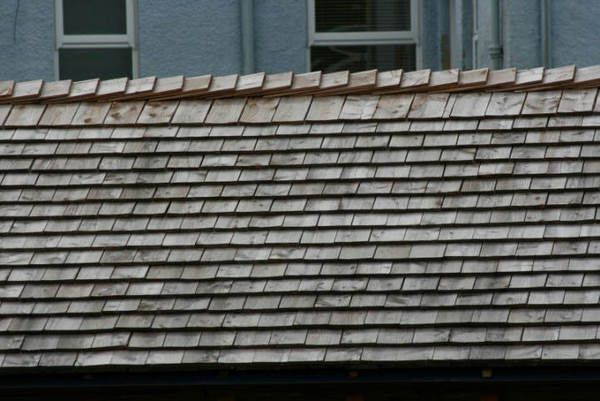 Cedar Shake Roofs Cleaning and Maintenance Helpful Roof
