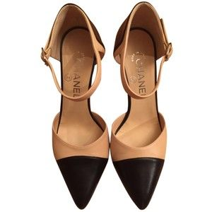 c573e210a236 Pre-owned Chanel Classic Beige And Black Pumps | Fashion | Black ...