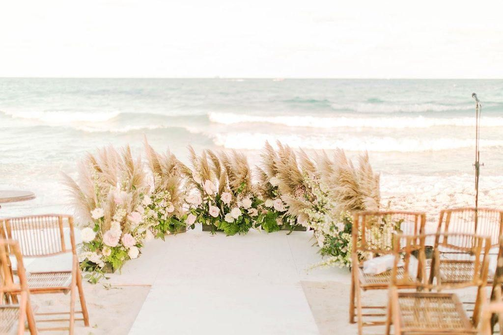 Miami Beach Wedding With A Barefoot Bride And Muted Seafoam Hues Miami Beach Wedding Miami Art Deco Wedding