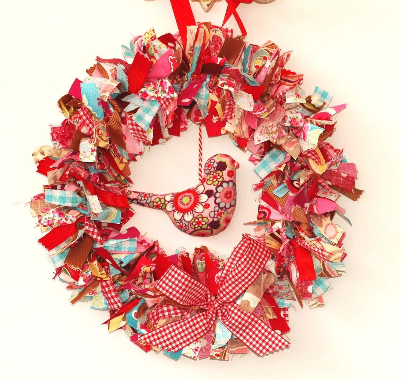 CHRISTMAS DECORATION Fabric Wreath With Birdie -- PDF