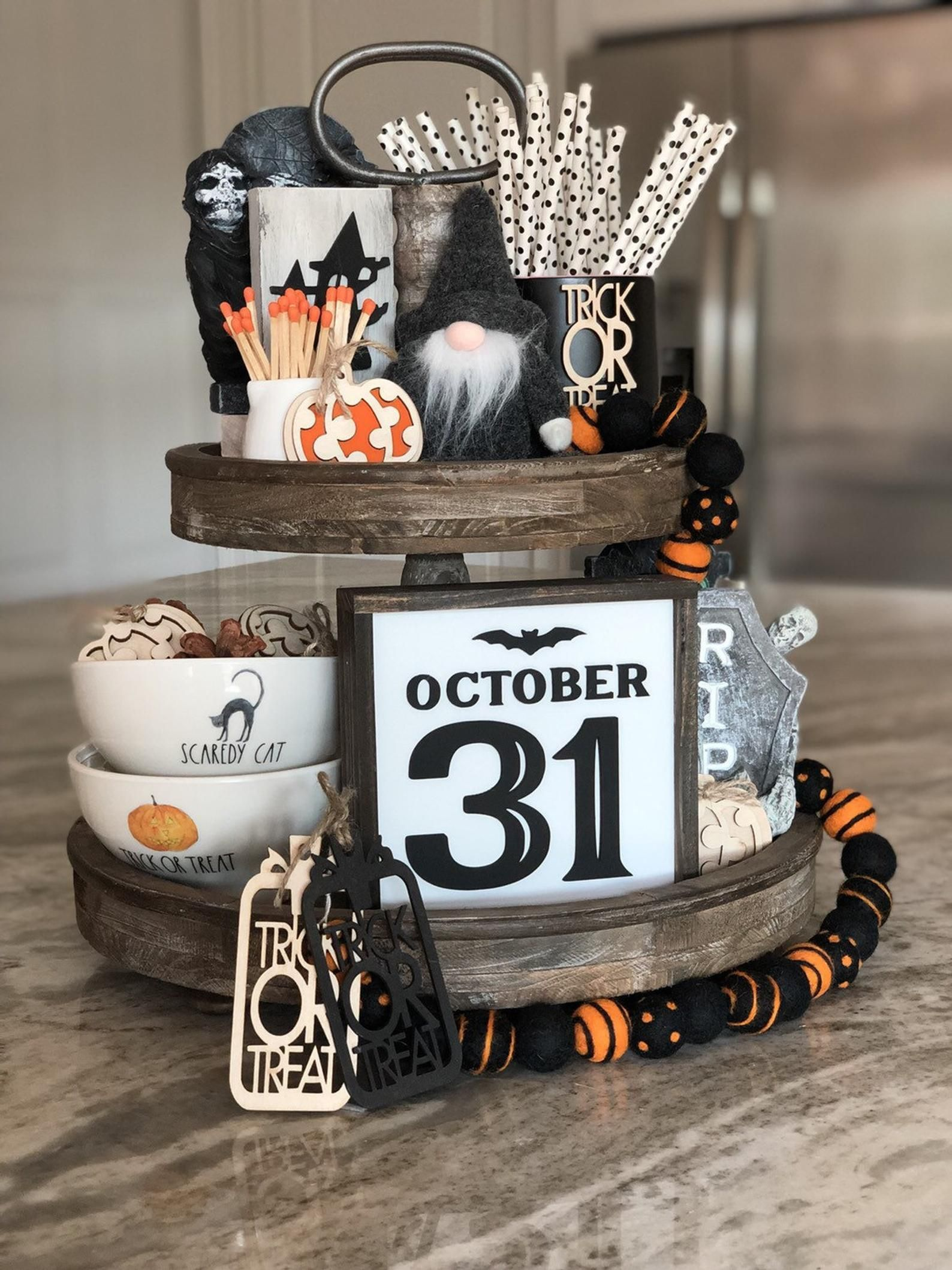 October 31 Rustic halloween, Rustic halloween decor