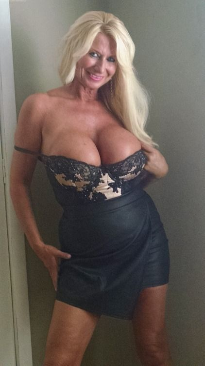 mature Thick women busty