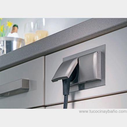 Enchufe para lateral mueble cocina | casa | Pinterest | Mueble ...