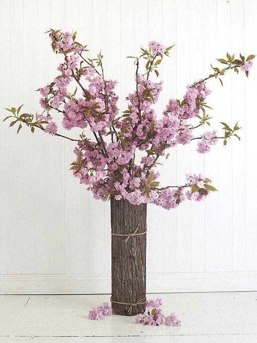 Feminine Cherry Blossom Flowers Arrangement Idea Put Inside Rustic Log Vase With Mini Rope Surrounding The