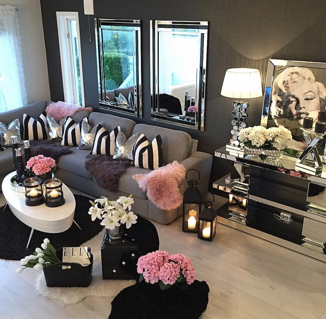 15 Beautiful Homes That Are Sure To Make Your Heart Skip A Beat J Adore Lexie Couture Feminine Living Room Living Room Decor Apartment Living Room Decor Cozy Living room ideas beautiful homes