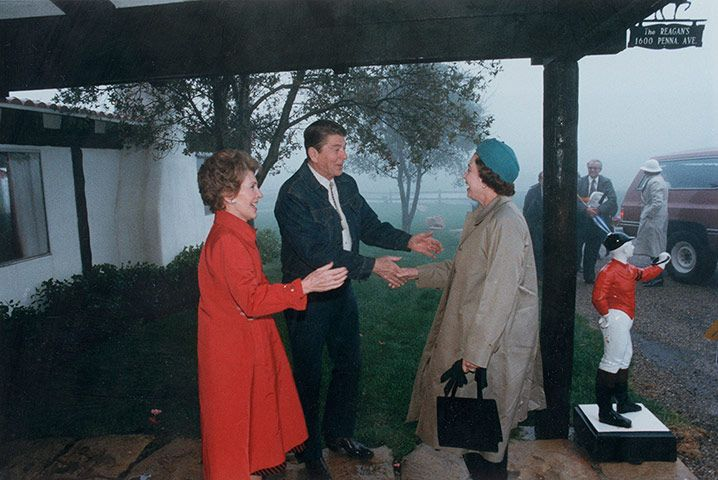 Queen shaking hands A Reagan Welcome