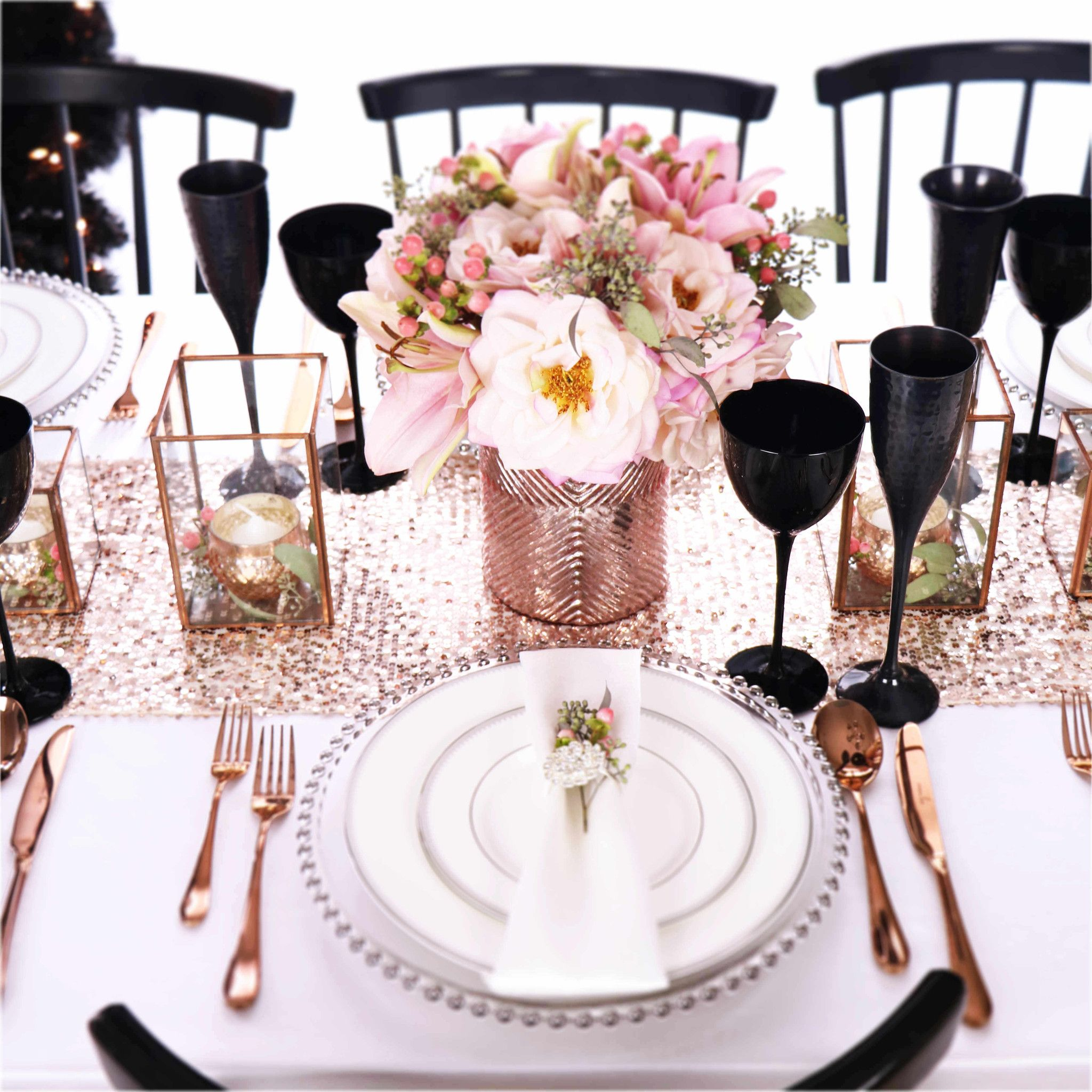 16 Rose Gold And Copper Details For Stylish Interior Decor: Rose Gold Copper Black Silver Christmas Sequin Table Setting View