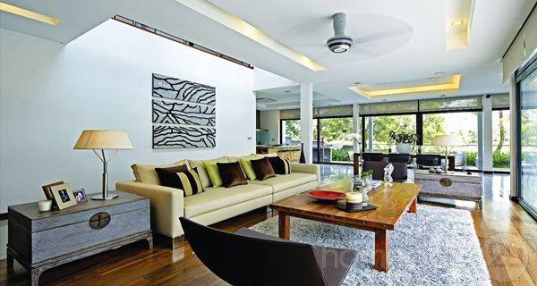 modern contemporary bungalow house interior design in tropicana