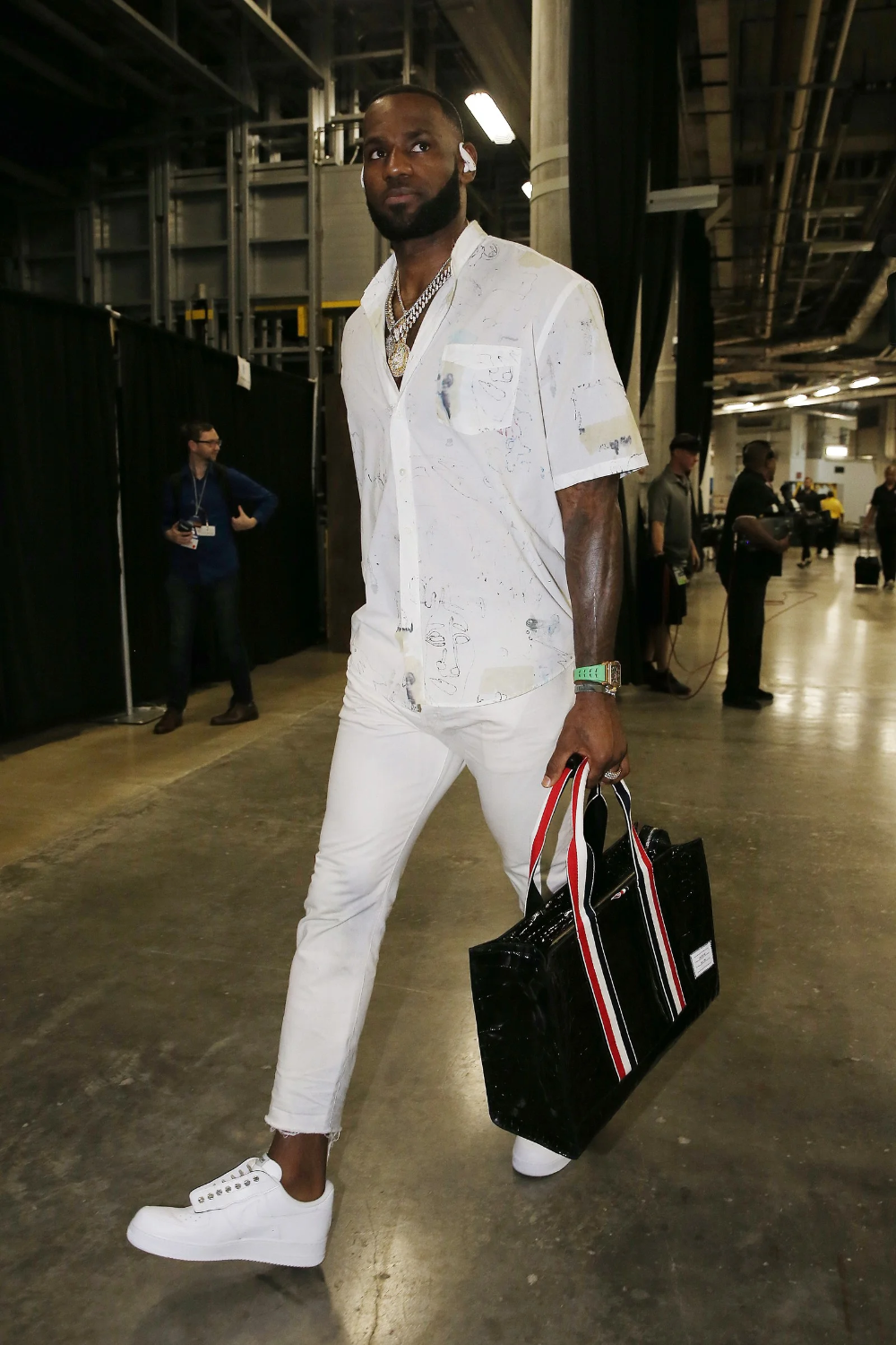 The 10 Best Dressed Men Of The Week Nba Fashion Best Dressed Man Nba Outfit [ 1500 x 1000 Pixel ]