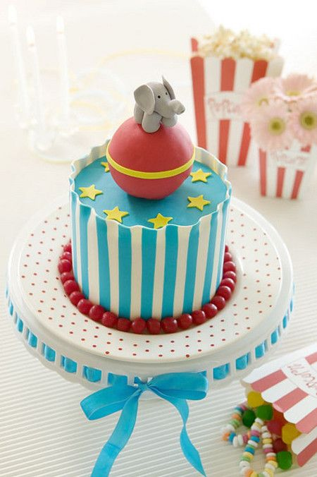 loving these big top sunday sweets circus themed cakes Cakery